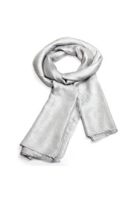 Ezüst színű könnyű női sál